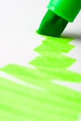 green writing textmarker