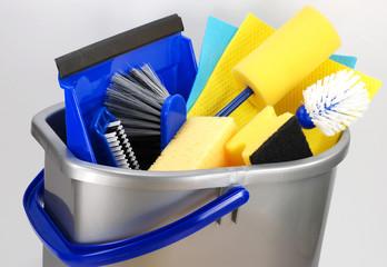Reinigungsmittel zum Hausputz