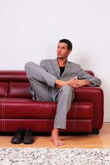 Mann Business Geschäftsmann Chef Vision Couch Barfuss