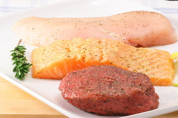 raw organic and fresh meats