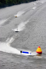 Racing Formula One Boats