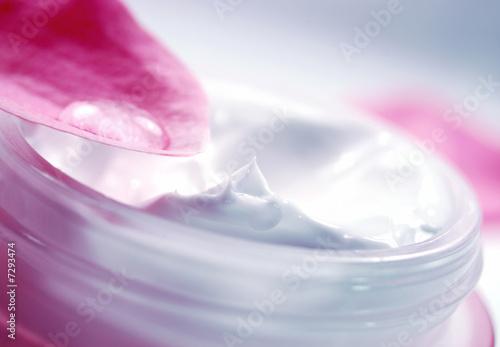 canvas print picture fresh facial cream 2
