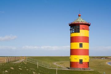 Pilsumer Leuchtturm in Greetsiel, Nordsee