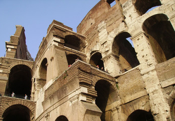 interno colosseo roma