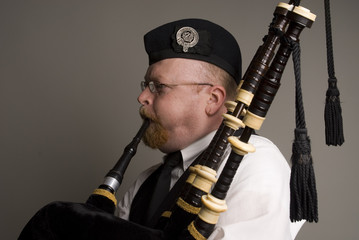 bagpipe player close-up