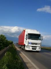 Truck semitrailer