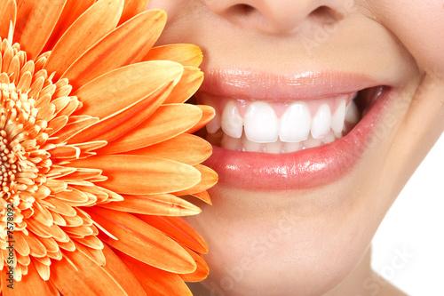 Kobieta zęby