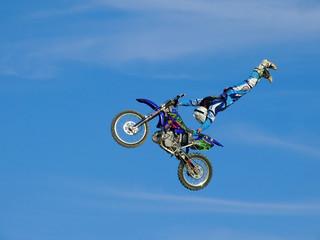 Piloto de motocross em acção