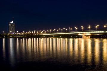 Wien an der Donau bei Nacht