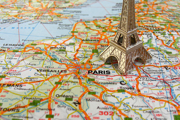 Eiffel tower on france map