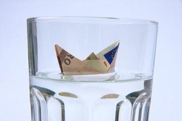 Scheinboot Wasserglas