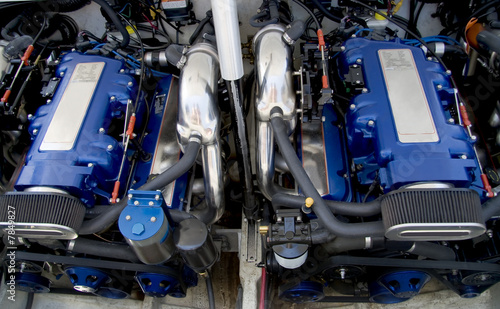 Leinwanddruck Bild Speed boat engines