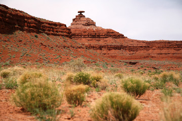 Mexican Hat mountain in Utah and the Arizona border