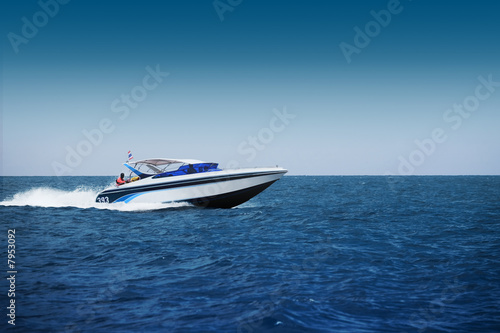 Leinwandbild Motiv Fast motorboat