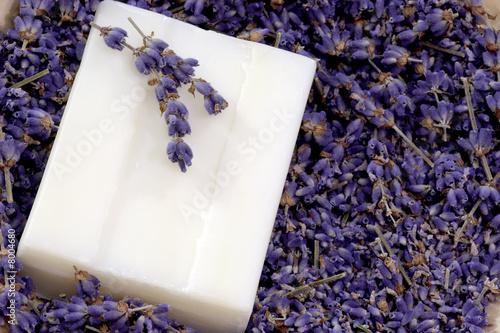 Seife mit Lavendel - 8004680