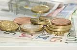 Euro, banconote e monete poster