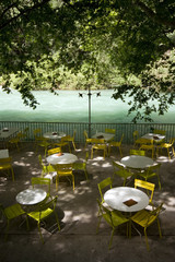 Terrasse de café - Fontaine de Vaucluse