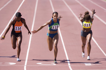 Female athletes on track