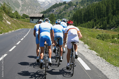 Deurstickers Fietsen Equipe de cyclistes
