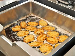 kalbsfleischschnitzel paniert,gastronomie küche