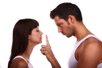 couple silence shut up - sei still