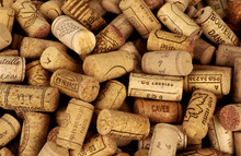 Butelka wina korki