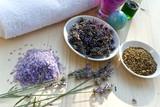 Fototapety Lavendel und Heilkräuter in der Natur