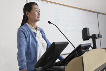 Female teacher in lecture theatre