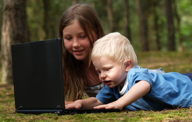 children with computer
