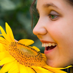 Smile Girl and sunflower
