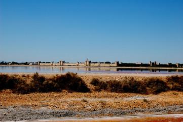 cité fortifiée d'Aigues Mortes et ses salins