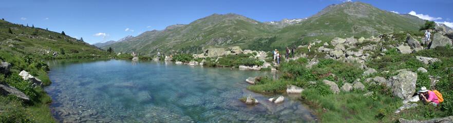 Découverte, photo et lac de montagne