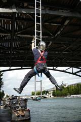 Pompier au pont des arts - Paris