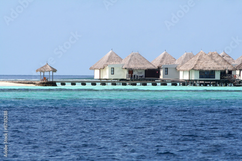 Maison sur pilotis sur l 39 eau images - Maison sur pilotis maldives ...