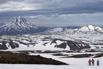 Kamchatka view on Viluchinskiy volcano and on group of tourists