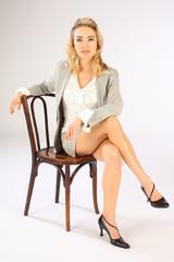 sitzende Geschäftsfrau