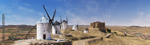 Panorama des moulins de Don Quichotte