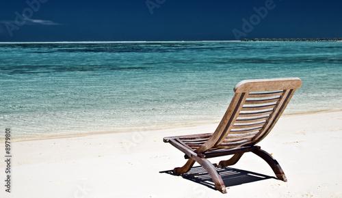 liegestuhl am strand von m rosenwirth lizenzfreies foto 8979801 auf. Black Bedroom Furniture Sets. Home Design Ideas