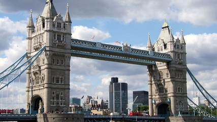 Symbole de Londres : Tower Bridge