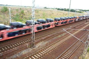 Autotransport mit der Bahn
