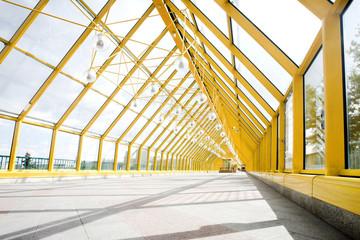 Empty yellow corridor, spheres