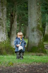 Enfant en Forêt..