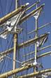 Masten eines Segelschiffes im Hamburger Hafen