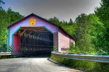 Red Covered bridge (1928 Quebec, Canada)