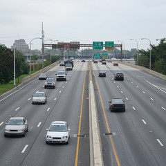 vehicles on freeway near Philadelphia