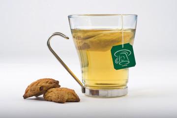 taza de té aislada sobre blanco