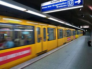 UBahn in Essen