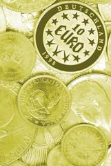 geld münzen gelb