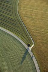 Deutschland, Bayern, Felder und Landstraßen, Luftbild