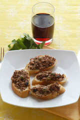 Crostini ai fegatini - Antipasti
